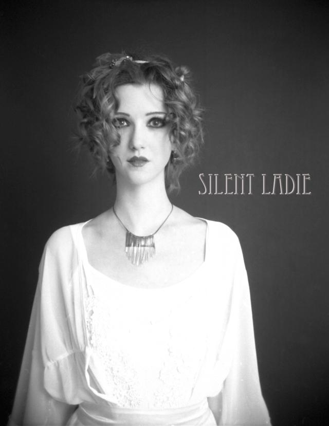 MONDO MODA Dez 2011 (Silent Ladies) (2)
