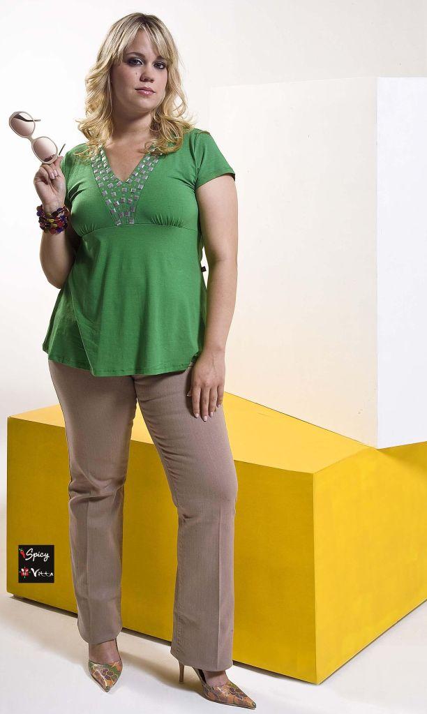Spice & Vitta | Produção de Moda: Jorge Marcelo Oliveira | Fotografia: Azael Bild| Beleza: Tandi Steinle | Modelos: Isabella Spadaccia (Cdabliu Modelos) e Alessandra Linder - 2008
